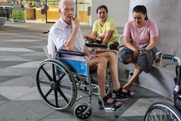 Domestic workers for elderly people in singapore   hire well trained and maid with patience